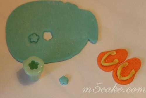 Luau cupcakes - 39
