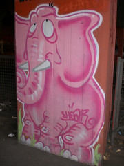 Pink Elephant by Shear (Smeerch) Tags: pink italy streetart rome roma art graffiti strada italia arte rosa ponte di sanlorenzo graffito aerosolart lazio elefante artedistrada vialedelloscalosanlorenzo elepainter sottoalponte