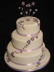 3225836948 b68d352dd0 m Baú de ideias: Casamento com lilás, roxo, violeta ou lavanda