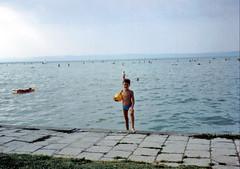 Balaton Lake FC (iwanwilaga) Tags: blue lake smile ball viktor stand outdoor 1993 shorthair balaton tó seminaked iwan swimmingsuit kék mosoly labda borús mosolyog lookincamera áll boritás képbenéz félcsupasz félmeztelem