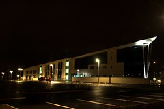 Skills Xchange Castleford (David Wilby) Tags: new uk england white building glass architecture night construction nightshot yorkshire tripod cream skills illuminated nightshoot lit development exchange hdr highdynamicrange westyorkshire manfrotto castleford xchange 3xp vshaped 3ex 3exp 460mg glasshoughton manfrotto190xprob 190xprob wakefieldcollege skillsxchange manfrotto460mg 190xprob460mg