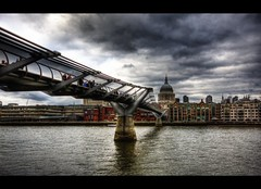 Millenium (crymy) Tags: uk bridge london thames canon river raw tripod gb milleniumbridge stpaulscathedral hdr 3xp 1020sigma canoneos40d hdraddicted crymy 40deurope