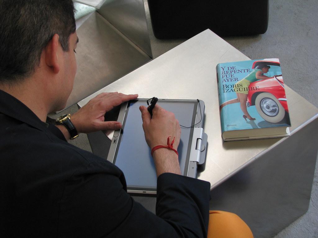 Y de repente fue ayer, firma (Boris Izaguirre) Tags: digital de y