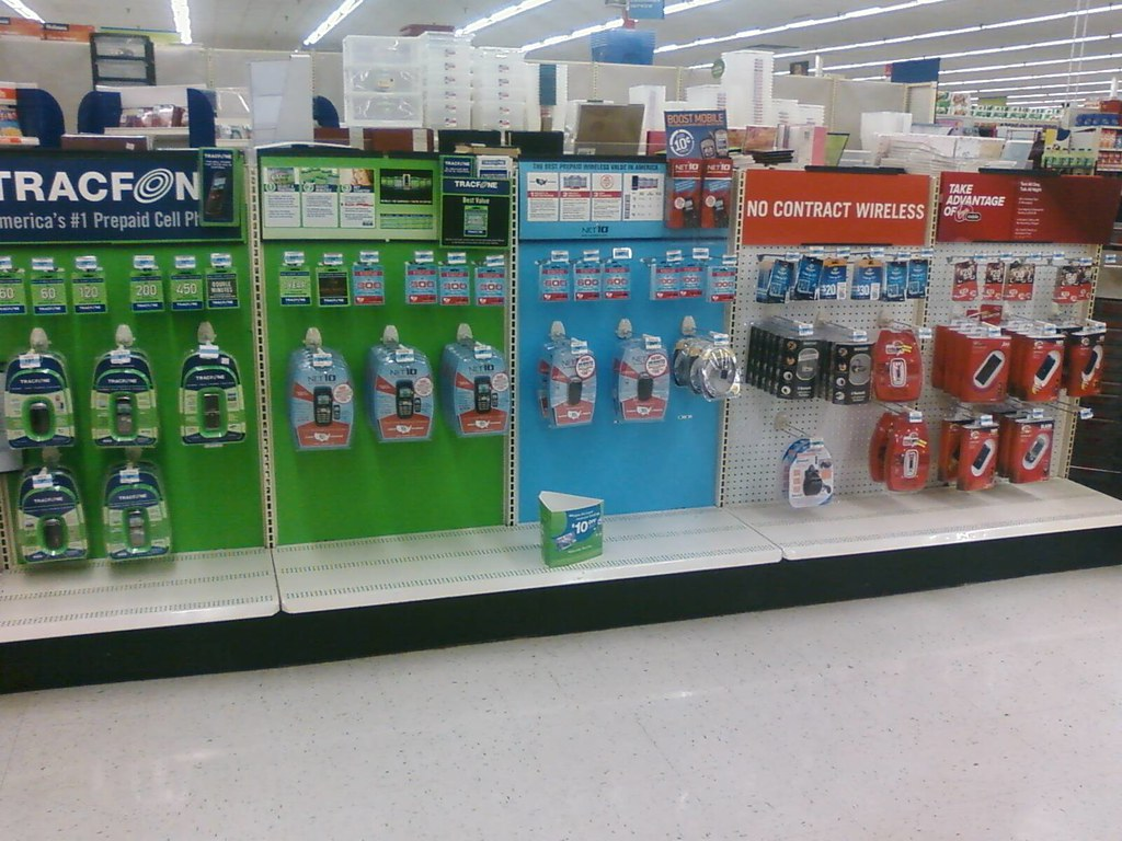 Kmart - Carroll, Iowa - Prepaid Phones