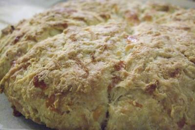 raspberri cupcakes: Pear, Apple & Cheddar Scones