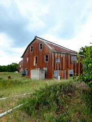 Absolutely fell for this old/barn boathouse! (wash52121) Tags: old abandoned barn boat paradise boathouse drydock whitefishpoint