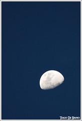 fim de tarde (Tiago De Brino) Tags: sky moon nikon cu luna cielo lua vr 70300 ribeiropreto
