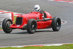 1933 MG KN (oldeyes47) Tags: vintage 4 mg autoracing motorracing motorsport vscc autosport oultonpark vintagesportscarclub prewarracing