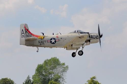 Warbird picture - Douglas A-1 Skyraider