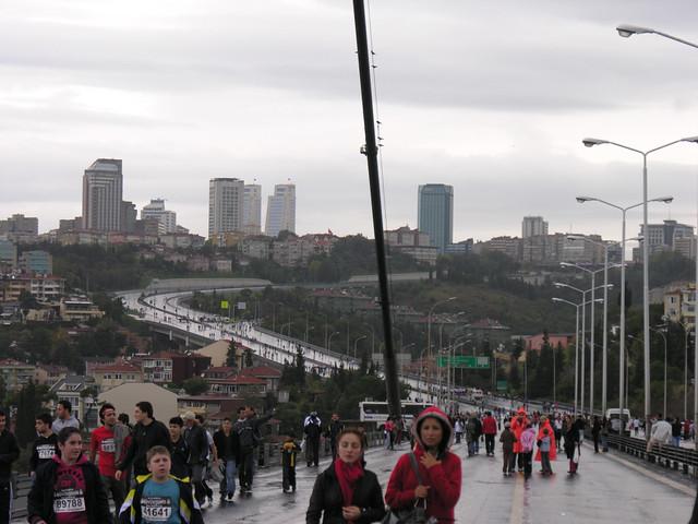 4021780907 a7d26e13bc z Isztambul Eurázsiai Maraton (32)