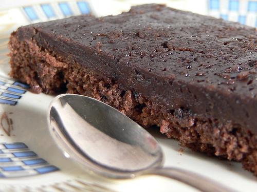 Schokolade-Erdnuss-Puddingkuchen