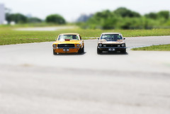 Tilt Shift I (Badger DJ) Tags: brazil car brasil riodejaneiro miniature rj sony fake badger carros mustang dslr a200 miniatura maverick tiltshift frenteafrente alpha200
