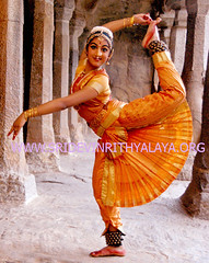 bharatnatyam bharathanatyam (Bharathanatyam Bharatnatyam) Tags: costumes india art history dance dancers dress indian steps jewellery classical about form dvds songs videos movements performances ahalya guru bharatnatyam gestures classes mudras bharathanatyam arangetram shastra bhava abhinaya natya nritta