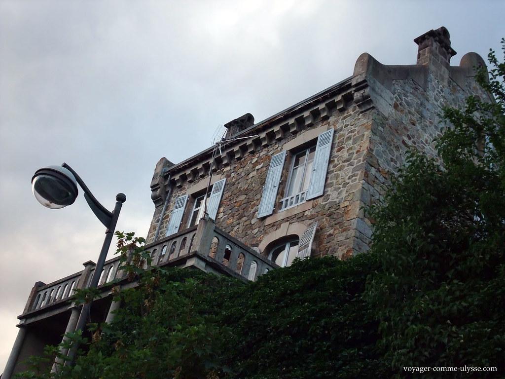 Maison en pierre à Saint-Nectaire