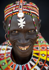 Smiling El Molo woman with beaded ornaments - Kenya (Eric Lafforgue) Tags: africa portrait people woman face beads kenya african culture tribal human tribes bead afrika remote tradition tribe ethnic tribo visage headdress afrique headwear ethnology headgear tribu eastafrica beadednecklace elmolo coiffe qunia 6512 lafforgue ethnie  qunia    beadsnecklace kea    a