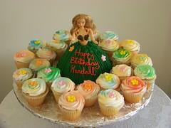 Hawaiian Barbie and Cupcakes Birthday Cake (tc27jkw) Tags: birthday cake cupcakes barbie hawaiian