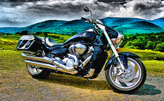 Suzuki Intruder 1800 (CWhatPhotos) Tags: pictures black bike canon honda that japanese photo big boulevard tour with photos picture have adobe moto motorcycle 1800 cruiser jap 2007 goldwing lightroom tourer japenese m109r paintshopprophotox2 cwhatphotos