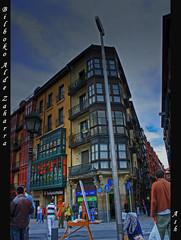 Casco Viejo Bilbao (Asi75er) Tags: plaza city travel summer photoshop canon eos bilbao elements bizkaia basque vasco euskalherria euskadi bilbo basquecountry paisvasco unamuno aldezaharra cascoviejo photoshopelements 400d canoneos400d 7calles
