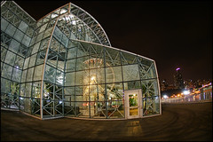 chicago crystal gardens (Dan Anderson (dead camera, RIP)) Tags: park city plants chicago reflection wheel playground gardens night lights ferris conservatory tourists historic mcdonalds shops navypier lakefront attractions eateries pierpark crystalgardens promenades