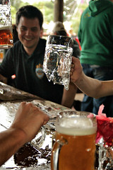 Oktoberfest em Igrejinha (Ivan Bustam@nte) Tags: beer rio d50 grande nikon do cerveza eisenbahn oktoberfest bier igrejinha cerveja mass birra cultura sul krug comunidade alemã bronken kaputz ivanovbr