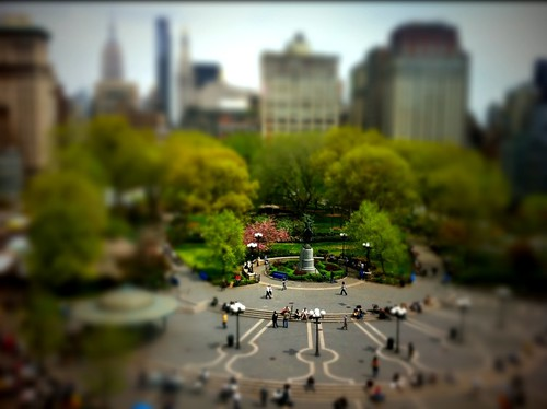 Tiny people in Union Square