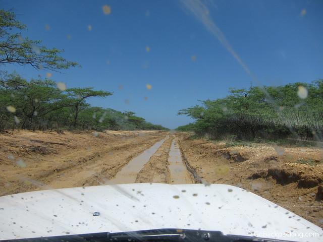 4x4 driving into La Guajira