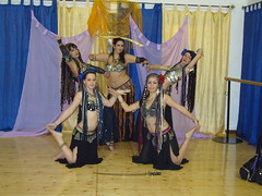 Tribal bellydancers (evanesco_89) Tags: rose sword nero spada gruppo tribale tribalbellydance bookfotografico tribalbellydancers cuggie danzadelcentretribale