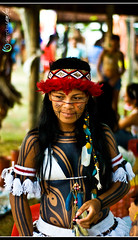 indio-5-flickr (dereckesanches) Tags: brazil people brasil seaside nikon native indian culture tribe indien indio tribo incas brsil nativeindian xavante indische terena sanches pataxo brazilianindian d80 paresi xerente tupiniquins manoki nikond80 diadoindio karaja indigenousnationalfestival mehinako dereckesanches derecke pueblosindigenas indigenenvlker nationaldayoftheindianinbertioga dayoftheindianinbrazil dayoftheindian festivalnacionaldaculturaindigena niamissum jachasicuri viiiindigenousnationalfestival2009 festadoindio2009 indianfest2009