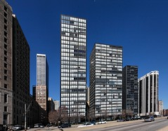 IMG_7761 (EricFirley) Tags: usa chicago america michigan towers highrise tallbuildings