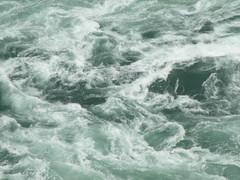 Rapids in Niagara Falls (che1899) Tags: niagarafalls niagara horseshoefalls americanfalls