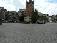 P1050751 (Marcken Van Parijs) Tags: belgium 2009 grotemarkt kortrijk courtrai 14072009