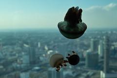 横浜上空、浮遊する