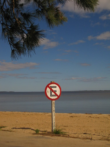no parking, Carmelo, Uruguay