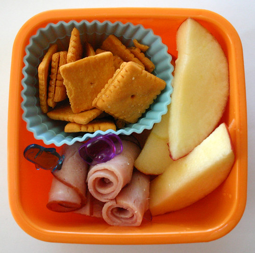Kindergarten Snack #13: September 22, 2009