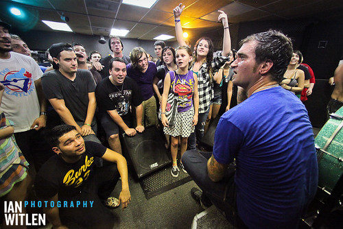 Jordan Pundik and the rest of New Found Glory take a break to cool down during their secret show.