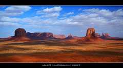 MONUMENT VALLEY (ARKAITZ GARCIA) Tags: eos flickr explorer explore navajo monumentvalley hdr interesante impresionante eeuu arkaitz explorar the4elements 450d mywinners anawesomeshot flickraward interesantisimo natureselegantshots internationalflickrawards