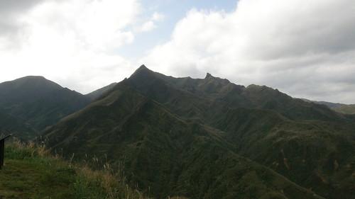 037.茶壺山、半平山之黃金稜線