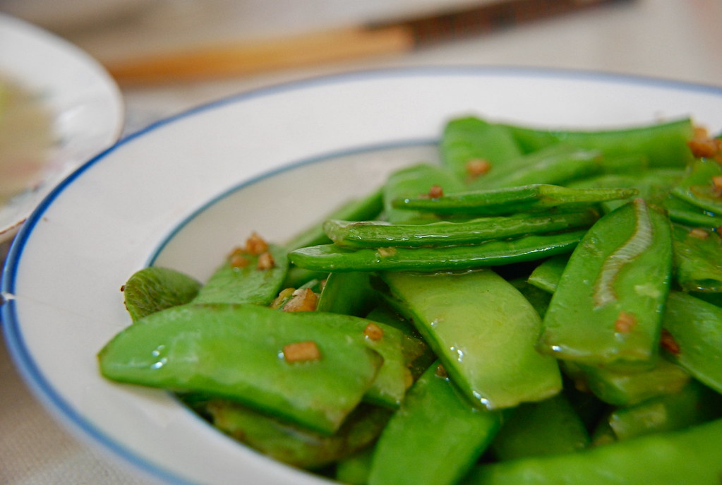 stir fried snow peas