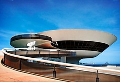 M. A. C. (Stephmaster) Tags: sky southamerica brasil riodejaneiro architecture concrete contemporaryart himmel brasilien museumofmodernart nikkor podeaucar niteroi beton oscarniemeyer zuckerhut colorphotoaward americasul