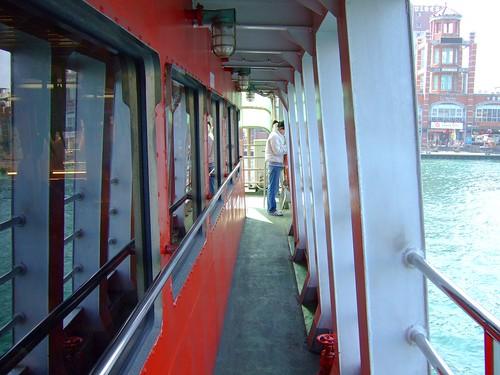 渡輪上二樓船艙的走廊.pr