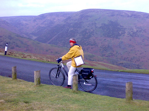 e-Cycling up Long Mynd
