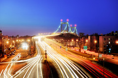 One of New York's 2000 Bridges (Tony Shi Photos) Tags: nyc newyorkcity longexposure traffic queens wardsisland triboroughbridge i278  astoriablvd triborobr   nikond700    rfkbridge thnhphnewyork  tonyshi robertfkennedybridge  rushhourmadness  bronxmanhattan