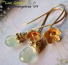 lux green earrings