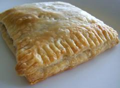 Handy Pie (yummysmellsca) Tags: food ontario canada cooking kitchen writing recipe baking blog yummy blogger delicious homemade blogged recipes 2009 oshawa cheapfood whatsmellssogood