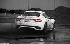 GranturismoS Drifting iii. (Denniske) Tags: white reflection wet canon reflections eos is belgium belgique 05 belgi july s 09 donuts coloring l gran antwerp mm dennis blanche 5th turismo wit weiss bianco 70200 2009 f28 supercar ef colouring v8 antwerpen maserati 07 anvers drifting selective granturismo bwcolor fotoshoot in noten lseries bwcolour llens 40d denniske donutting supercarphotoshootdennisnotencom2009 wwwdennisnotencom