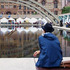 P6304386 (photo-NB) Tags: street city people building water architecture square hall olympus meditation 28mmf28 mitakon e520