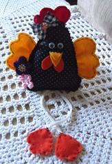 Mell (TELMELITA) Tags: galinha artesanato fuxico feltro reciclagem tecido trabalhosmanuais