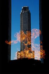 A través de las llamas (roxboyer) Tags: fire llama estudio ojos rosario tres fuego monumentoalabandera roxboyer