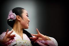 Korean Dance 4 (DSLR_MANIA) Tags: eos korea seoul southkorea   ef200mmf28liiusm republickorea canonef200mmf28liiusm eos1dmark3 canon1dmark3  dslrmania canon1deos1d republiquedecoree poblachtnacoire