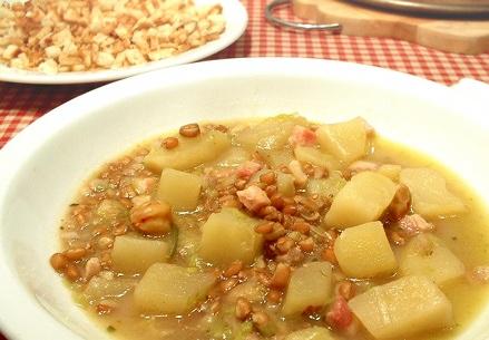 Zuppa di castagne e farro